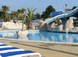 Mobil-Home Camping 5* piscine a 500 m de la mer, Bréville-sur-Mer