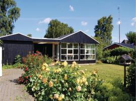 Three-Bedroom Holiday Home in Sjolund, Sjølund (Hejls yakınında)