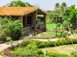 Cottage with a pool in Damdama, Gurgaon, by GuestHouser 20918