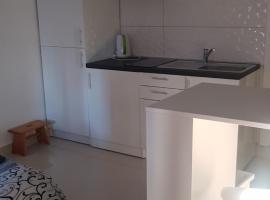 New luxury studio apartman