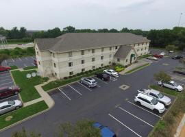 DuPont Suites - Louisville - St. Matthews