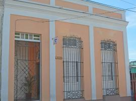 Hostal Santa Elena, Сьенфуэгос