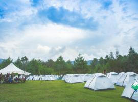 ChaloHoppo Village - Camp Ziro, Hāpoli (рядом с городом Itānagar)