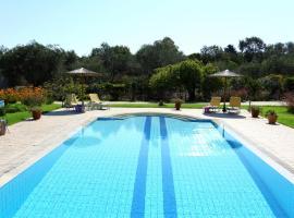 VILLA ADONIS with private swimming pool!!, Керкира (рядом с городом Halikounas)