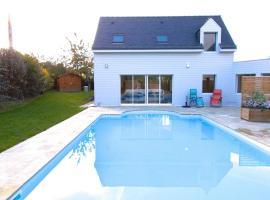 Maison avec piscine, Saint Jacut, Saint-Jacut-de-la-Mer (рядом с городом Трегон)