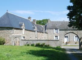 Holiday home Gites du Manoir du Ranleon - 1