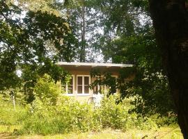 Kleine Laube im Wald, Klein Kieshof (Horst yakınında)
