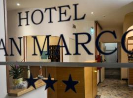 Hotel San Marco, Savone