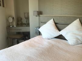 Luxurious Seaview Villa, Dalkey (рядом с городом Killiney)