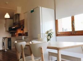 Apartamento cerca de Cambrils y Salou, Botarell (Riudecols yakınında)