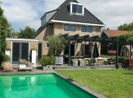 Pool villa near Amsterdam