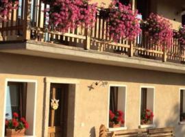 Bed & Breakfast Col Mazzet, Paderno (Meano yakınında)