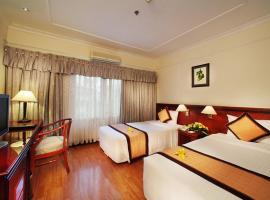 Nhu Mai Hotel, An Binh