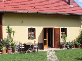 Harangláb apartmanok, Orfű (рядом с городом Kovácsszénája)