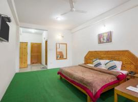 Boutique stay with Wi-Fi in Manali, by GuestHouser 45408, Baragrān