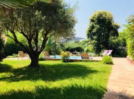 Villa A&B, Гримо (рядом с городом Beauvallon)