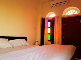 Hotel Sheesh MAHAL, Khātu
