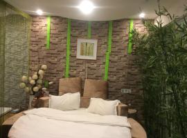 Luo Fei Theme Hotel