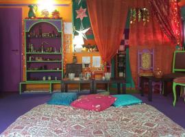 Hippie Room, Calcata (Mazzano Romano yakınında)