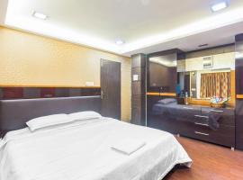 Apartment in Bandra, Mumbai, by GuestHouser 40331, Мумбай (рядом с городом Bāndra)