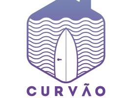 Curvão Surf House