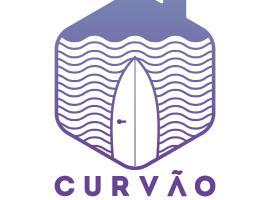 Curvão Surf House