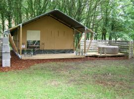La Fortinerie Glamping Safari Tent with Hot Tub