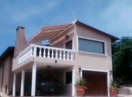 Los Mirlos, Villa Parque Siquiman (San Roque yakınında)