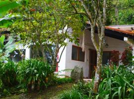 Villa Kiki, Coroico (Pacollo yakınında)