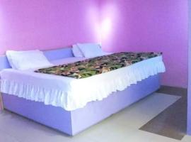 D-hotel, Ipetu Ijesha (рядом с регионом Ilesha West)