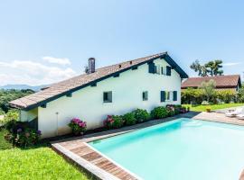 Villa d'exception avec piscine et vue Pyrénnées