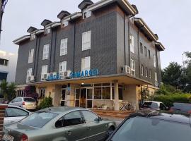 Hotel Camargo, Igollo (Maoño yakınında)