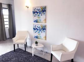 Aibonito Hotel 210, Aibonito