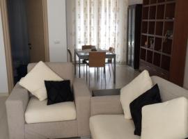 Alex's lake area apartment, Tiran (Selita e Vogël yakınında)