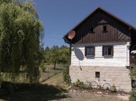 Roubenka Doubravice, Hrubá Skála (Karlovice yakınında)