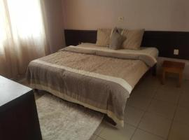 First Choice Hotel, Аккра (рядом с городом Achimota)