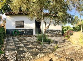 Casa Papiqui, Fuenteheridos (Cortelazor yakınında)