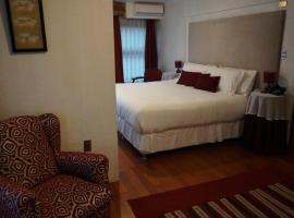 Hotel Castellano, Puerto Montt