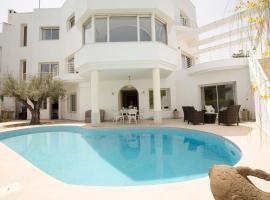 """""""Villa Prestige"""" Carthage, Douar el Hafey (in de buurt van La Marsa)"""