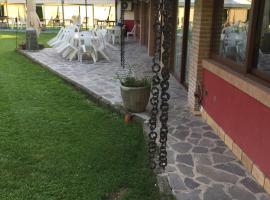 Hotel River, Civitella Roveto (Trasacco yakınında)