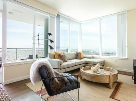 Beautiful Downtown San Diego Suites by Sonder