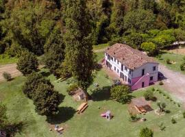 Villa Fiorenza tra Pesaro e Urbino, Montefelcino (Berdekatan Monte Guiduccio)
