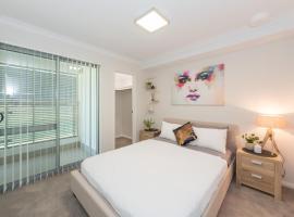 Lakeview Apartment Suite 6