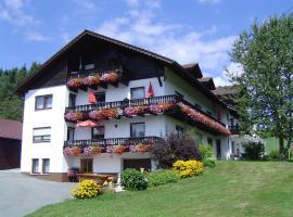 Gästehaus Penzkofer F****, Viechtach (Fernsdorf yakınında)