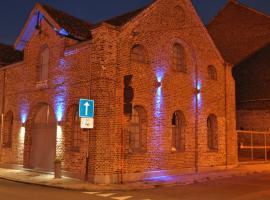 Blue House On The Water, Kortrijk (Kuurne yakınında)