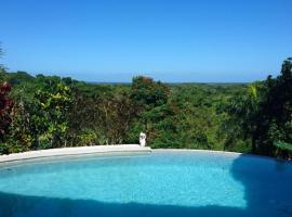 Villa Henrique, Las Terrenas (Arroyo Chico Arriba yakınında)
