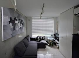 Ultramodern Stylish Omotesando / Shibuya Apartment, Tokyo (Harajuku yakınında)