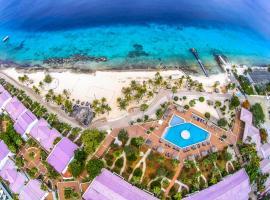 Van der Valk Plaza Beach & Dive Resort