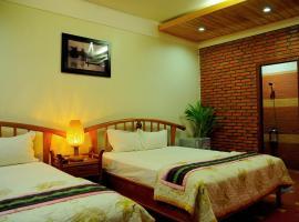 Green hotel, Kon Tum