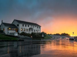 Lands End Boutique Hotel, Bluff